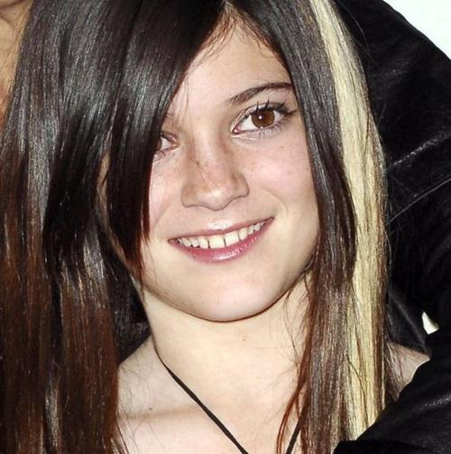 Неожиданно: Кайли Дженнер призналась, что впервые покрасила волосы в 9 лет
