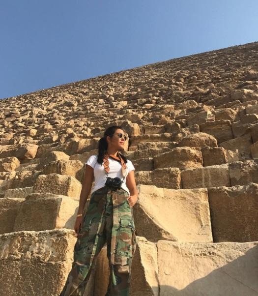 Обнаженная посреди пустыни: Кортни Кардашьян опубликовала сексуальные фото с Египта