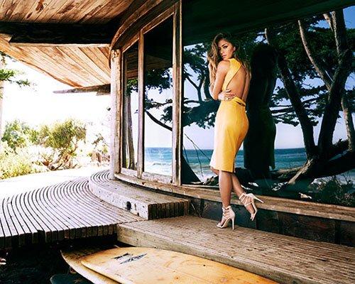 Николь Шерзингер в летней фотосессии для глянца