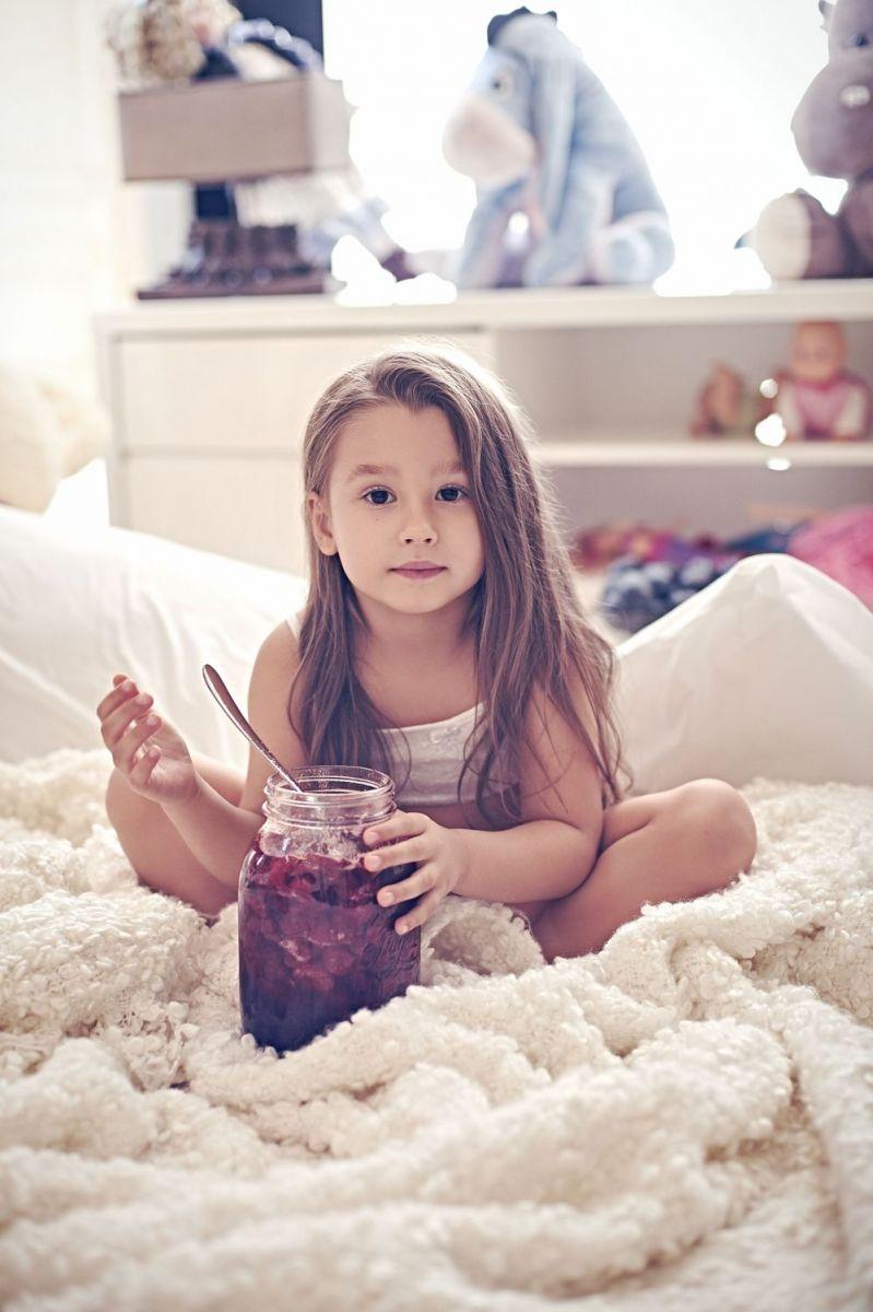 Loboda показала раритетный снимок из детства