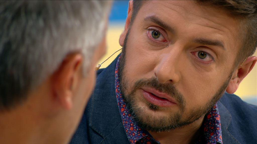 Телеведущий Алексей Суханов расплакался на съемках