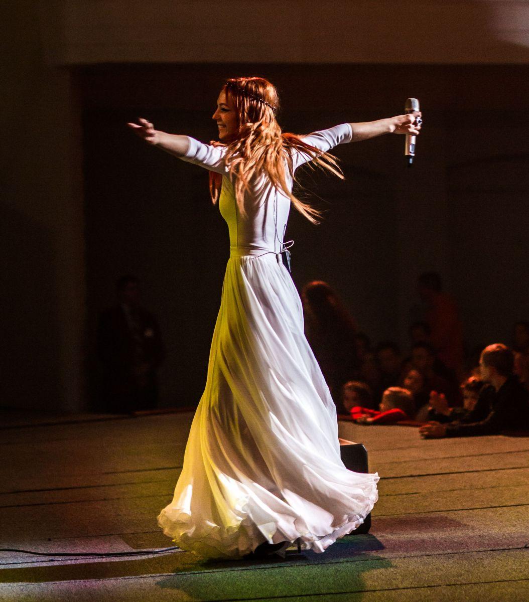 Светлана Тарабарова произвела фурор откровенным платьем