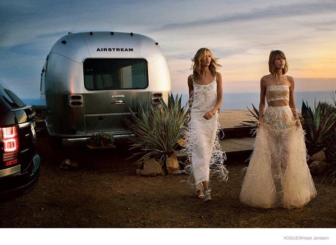 Тейлор Свифт и Карли Клосс снялись для журнала Vogue
