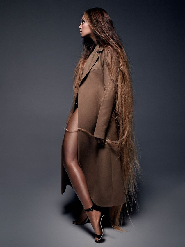 Бейонсе в потрясающей фотосессии для модного глянца