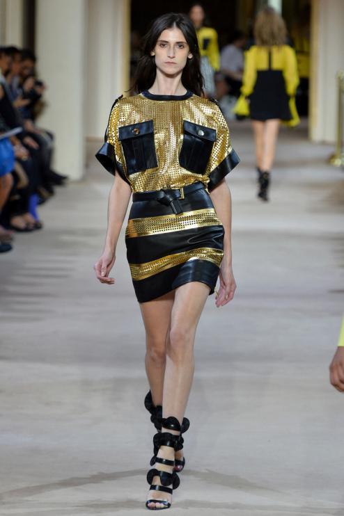 Дженнифер Лопес в стильном наряде от Ungaro