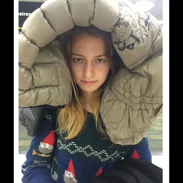 Дочь Анжелики Варум Лиза