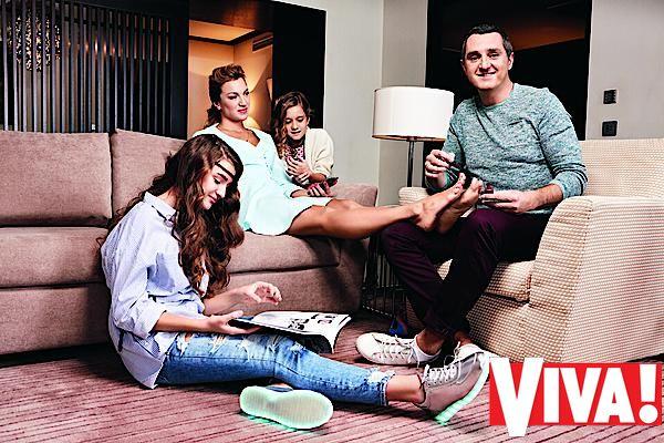 Дядя Жора знакомит с женой и дочками: эксклюзив Viva!