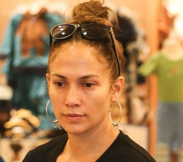 Дженнифер Лопес без макияжа фото