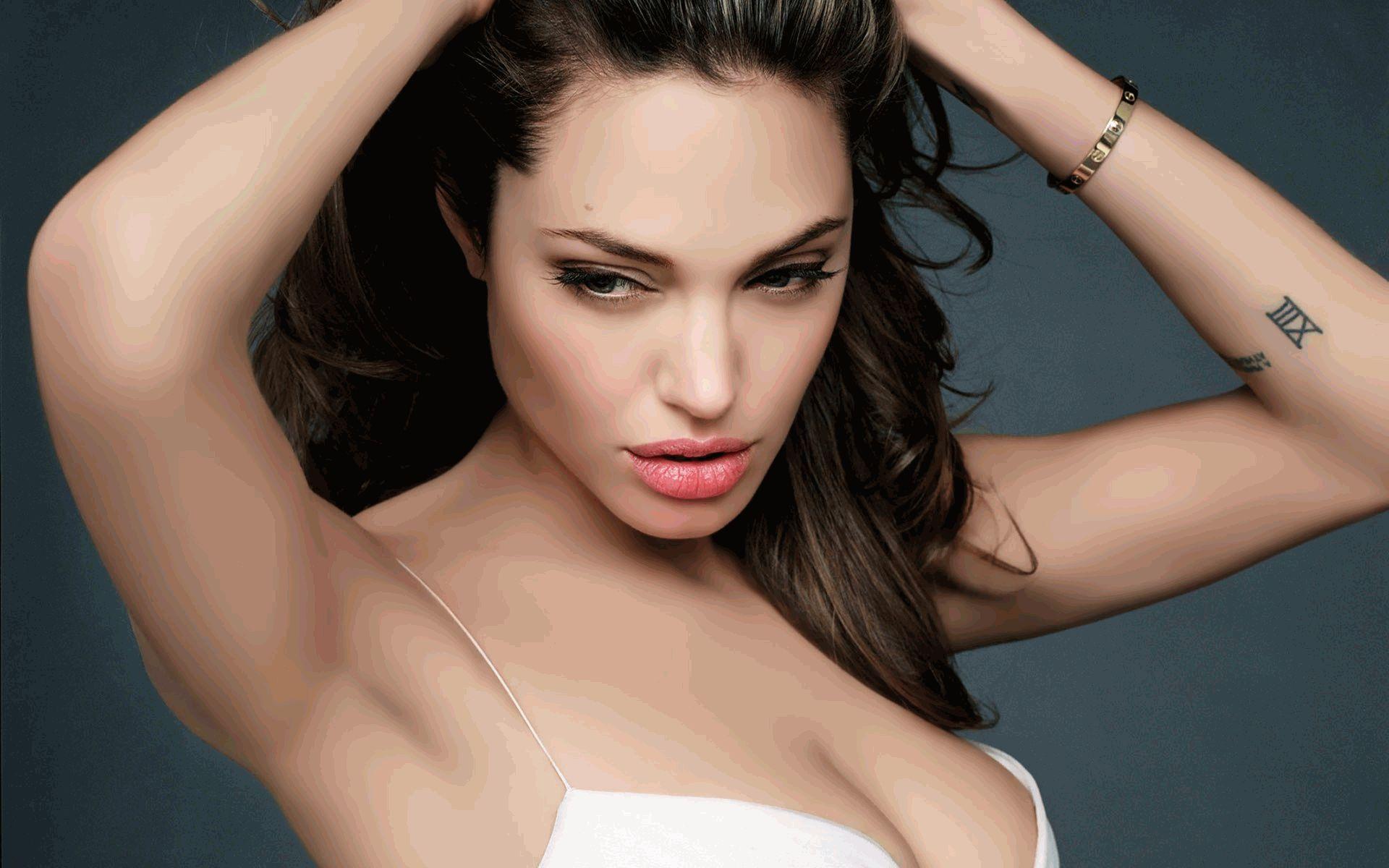 Анджелина Джоли новое 2