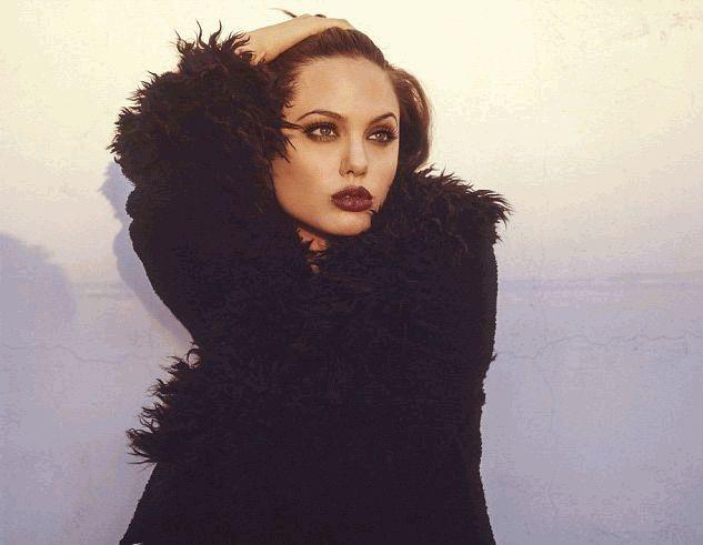 Анджелина Джоли новое 5