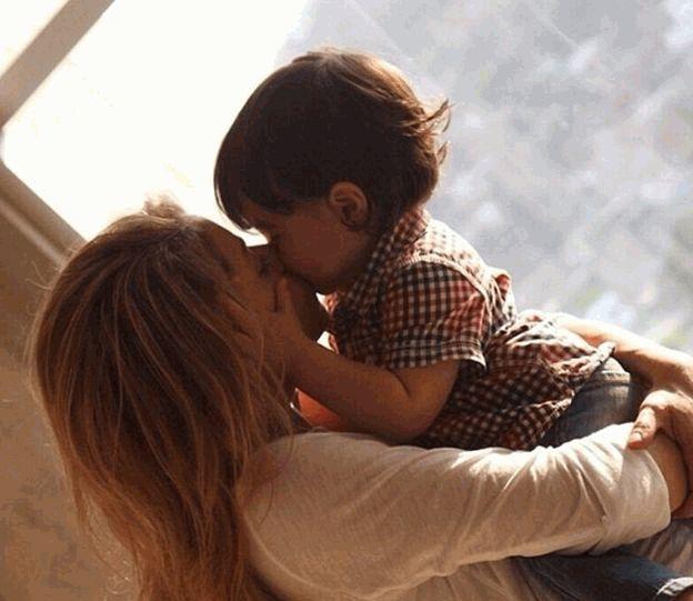 Звездные мамочки