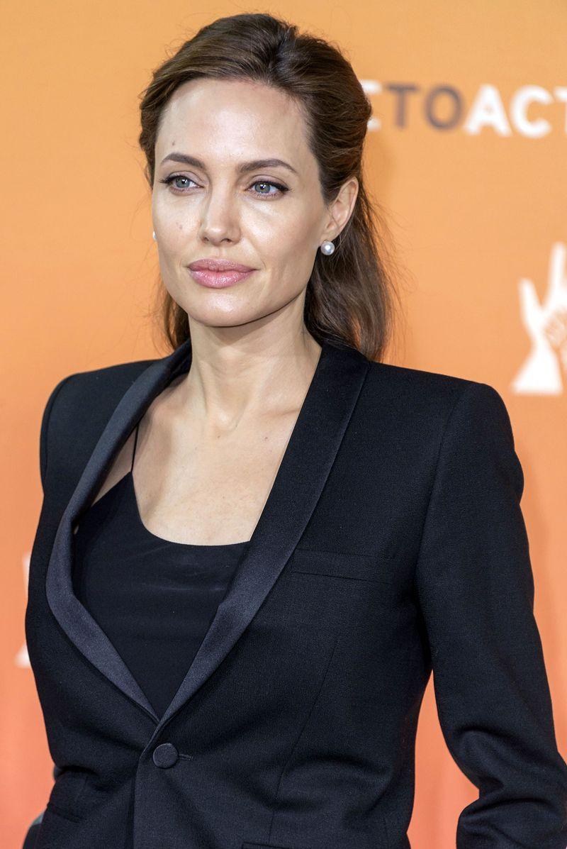 Анджелина Джоли на саммите End Sexual Violence in Conflict