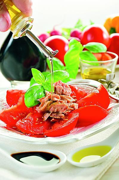 Французский салат с тунцом