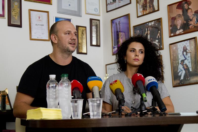 """Потап и Настя: """"Нам вставили нож в спину и втянули в политические провокации"""""""