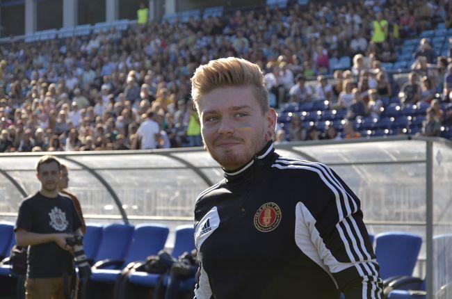 Александр Кривошапко на футболе