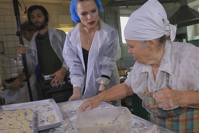 Ольга Фреймут расплакалась во время инспекции в Харькове