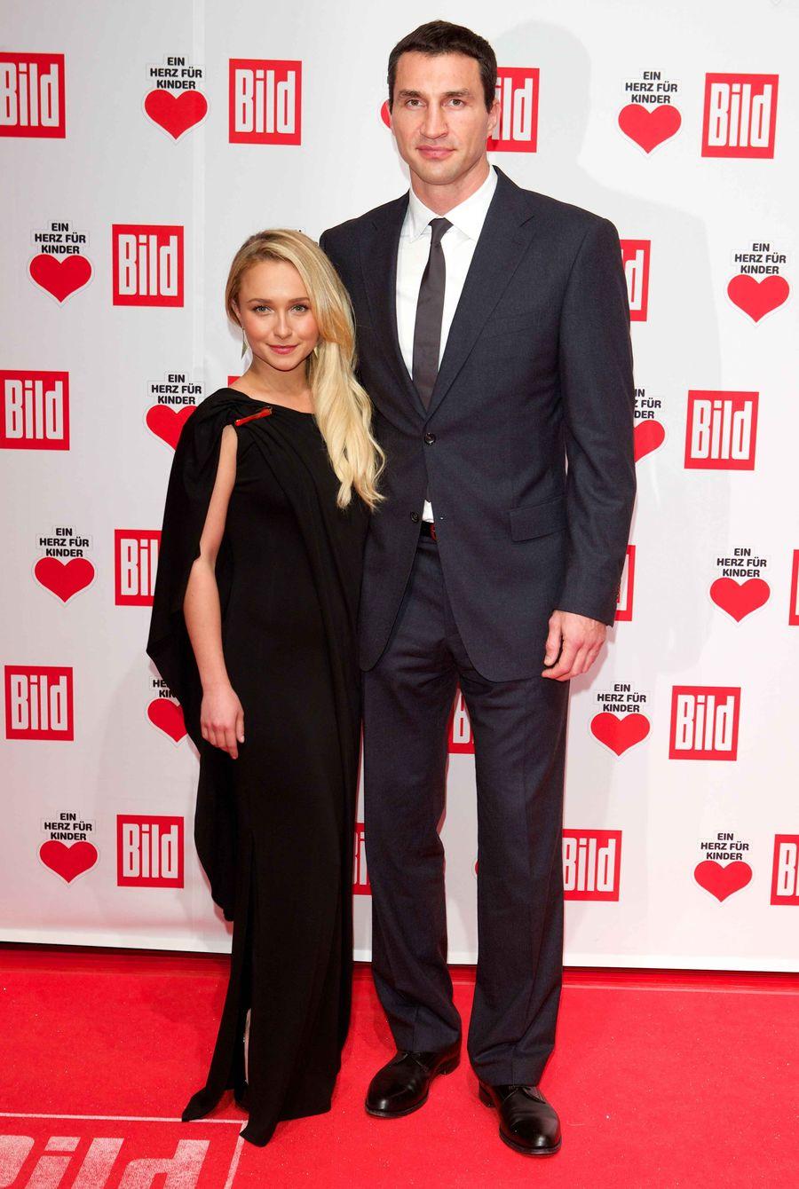 Кличко и Панеттьери стали родителями - официально