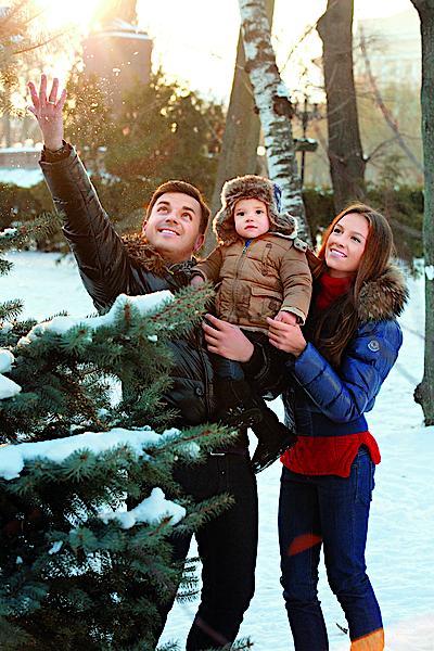 Григорий Решетник с женой и сыном в фотосессии для Viva!