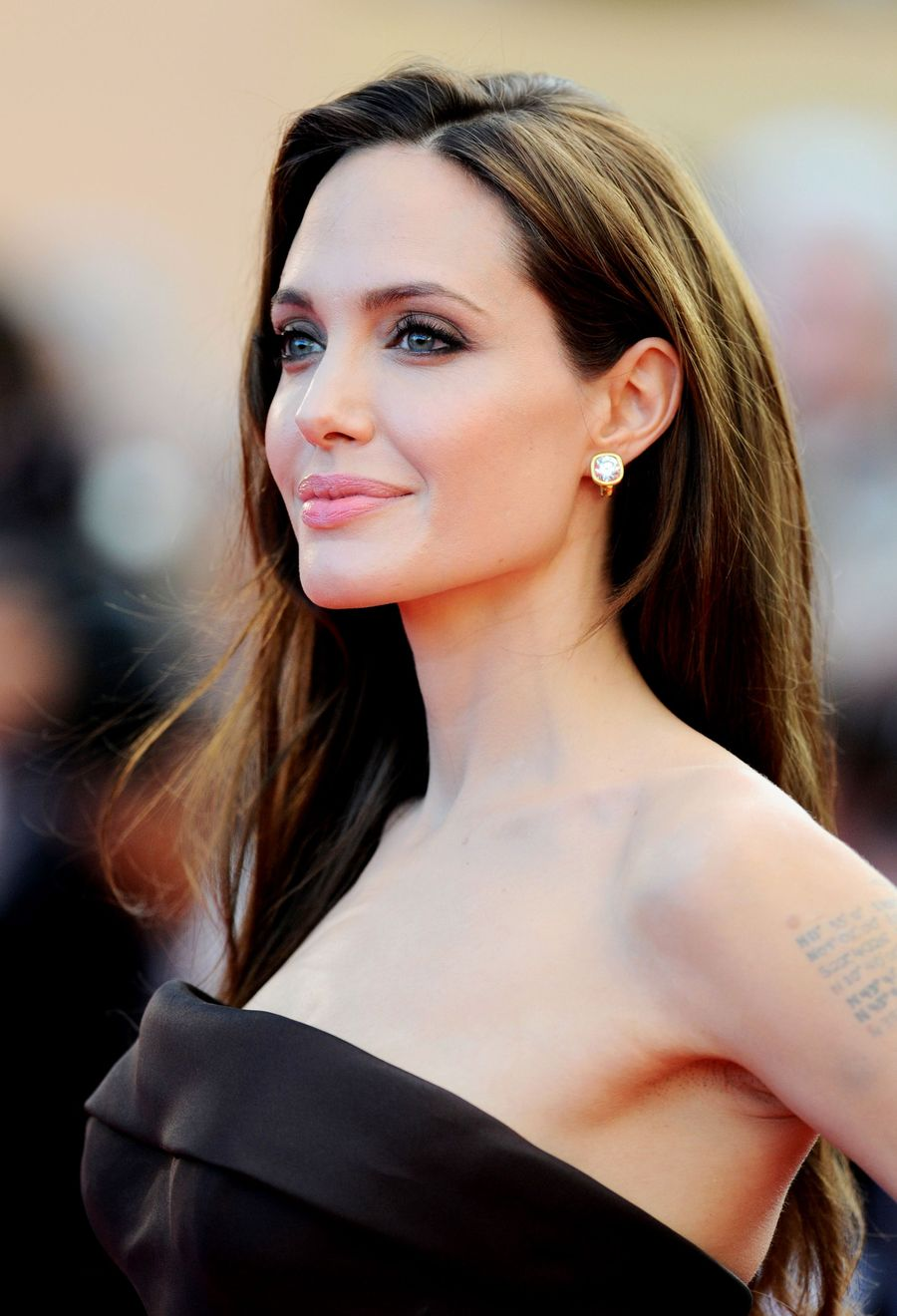 Анджелину Джоли вышедшей из ума и бездарной