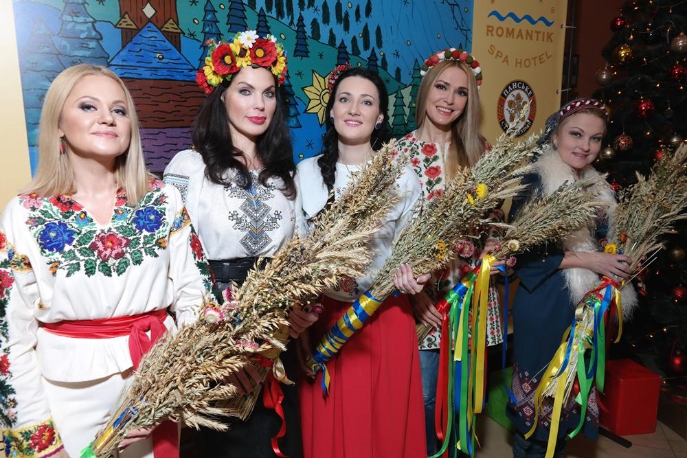 Украинские звезды отметили Рождество в Яремче