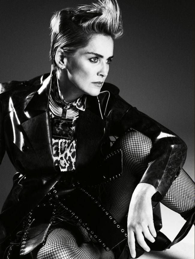Шикарная Шэрон Стоун на обложке модного глянца!