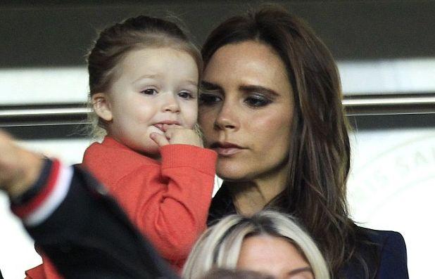 Невозмутимую на публике Викторию Бекхэм растрогали собственные дети
