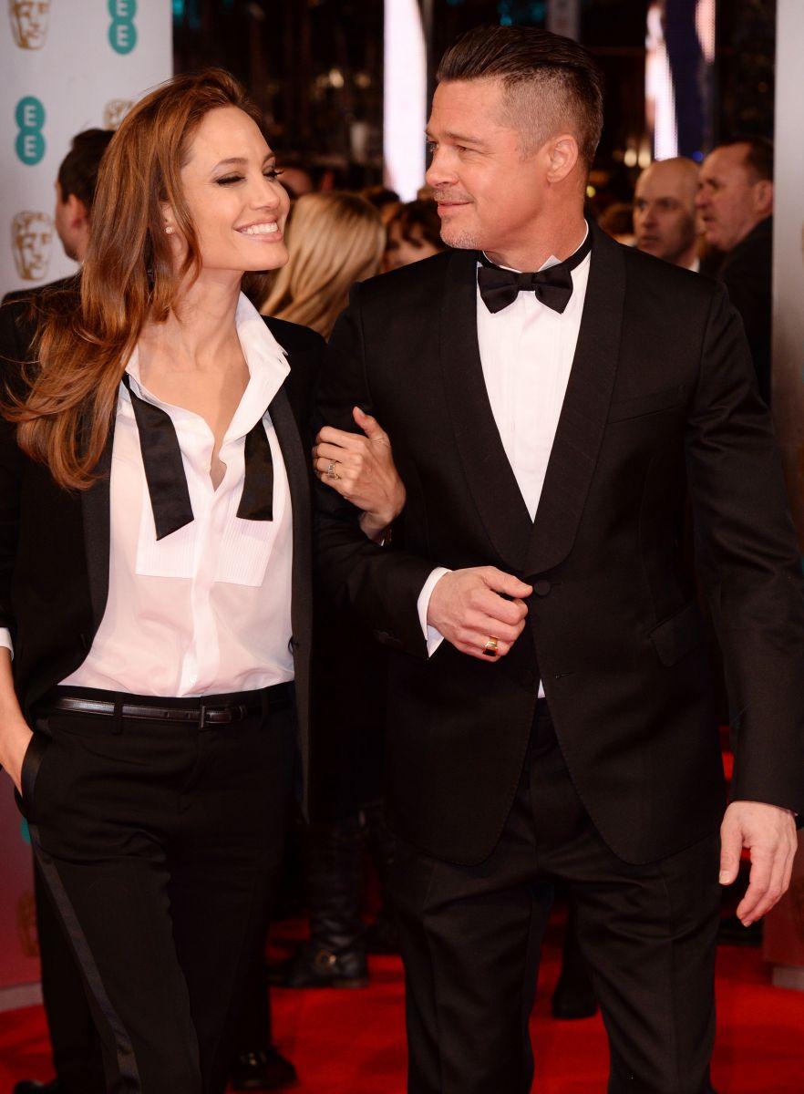 Страстно влюбленные: Анджелина Джоли и Бред Питт демонстрируют чувства на публике
