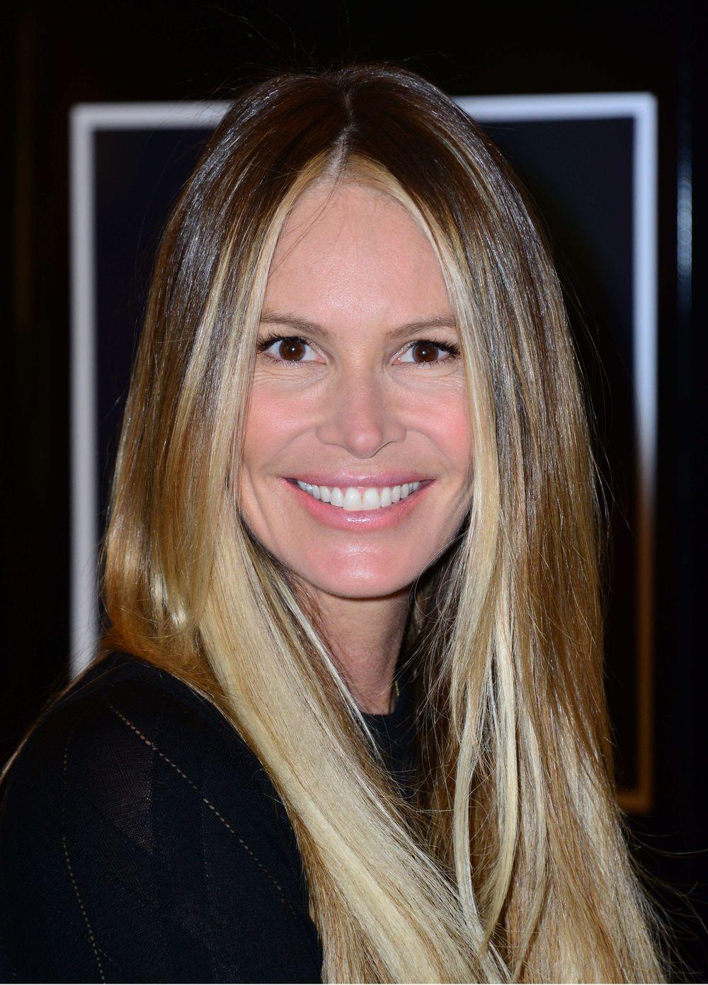 Топ-модель Эль Макферсон станет матерью в 51 год