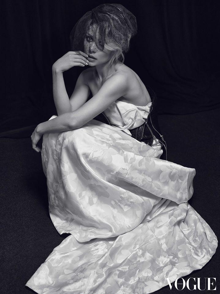 Тина Кароль снялась для Vogue