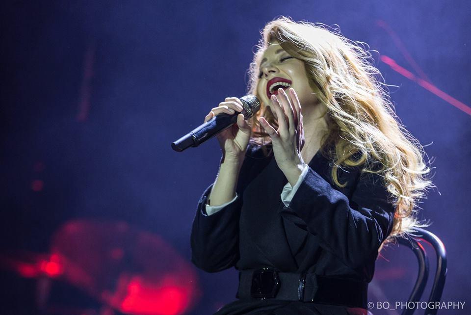 Тина Кароль в Нью-Йорке произвела фурор украинской песней
