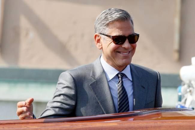 Кучерявый романтик: в сеть попало фото 28-летнего Джорджа Клуни