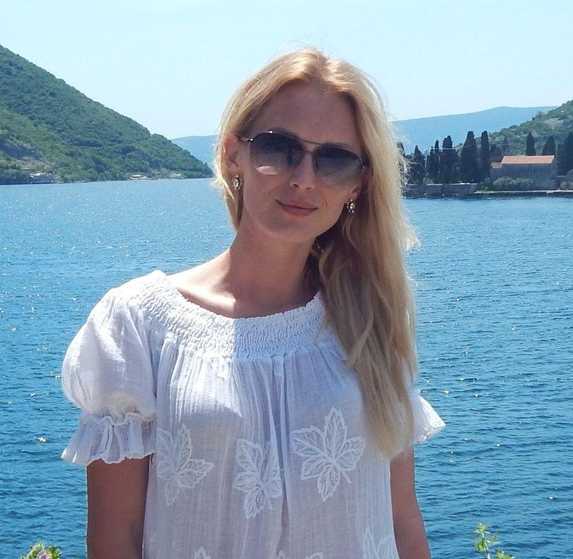 Аида Николайчук на море