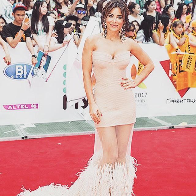 Ани Лорак на церемонии Муз-ТВ 2015