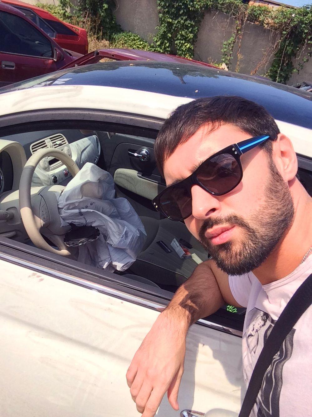 Виталий Козловский с машиной