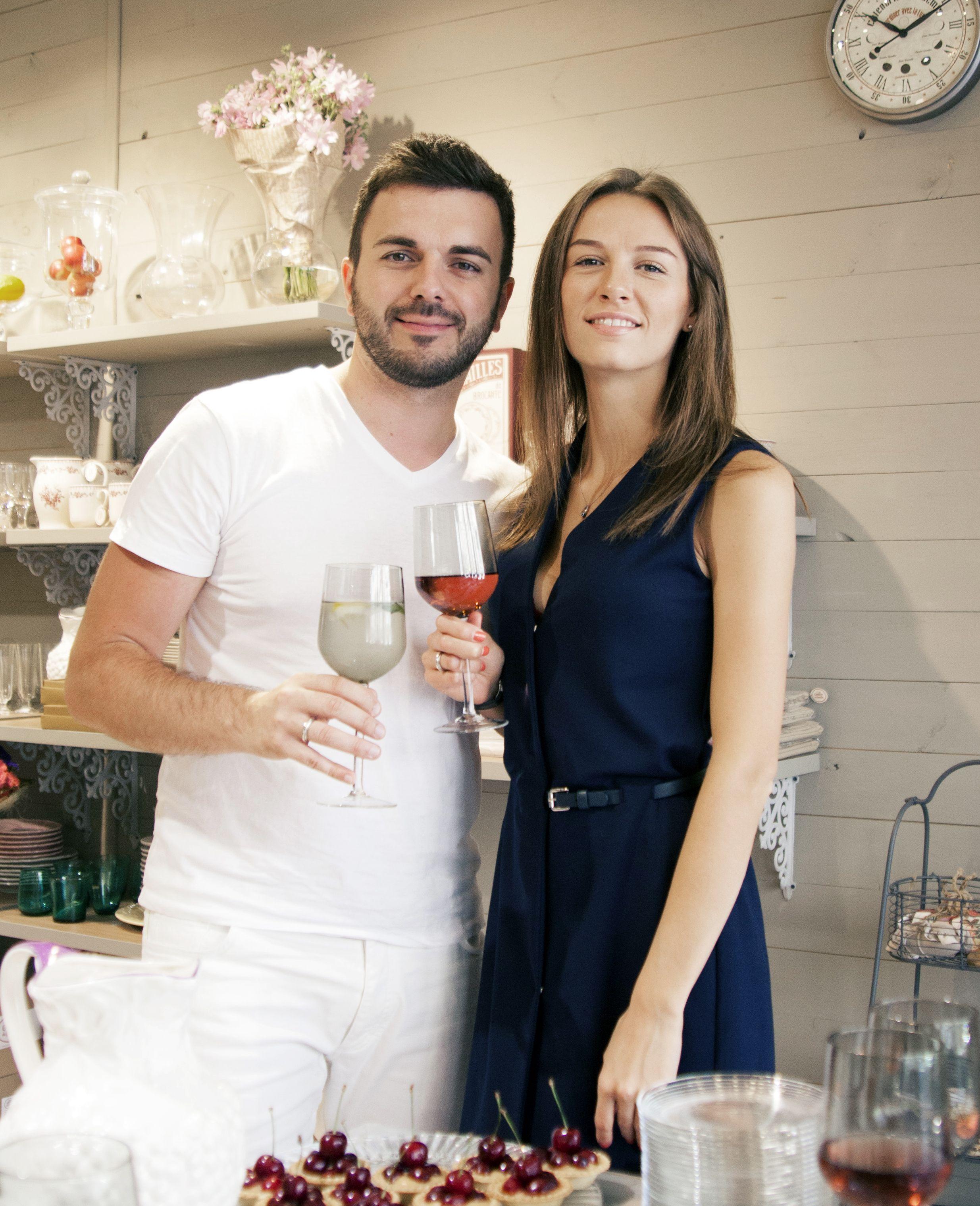 Григорий Решетник, Санта Димопулос и Лилия Ребрик украсили свой дом удивительными вещами из магазина Family Decor