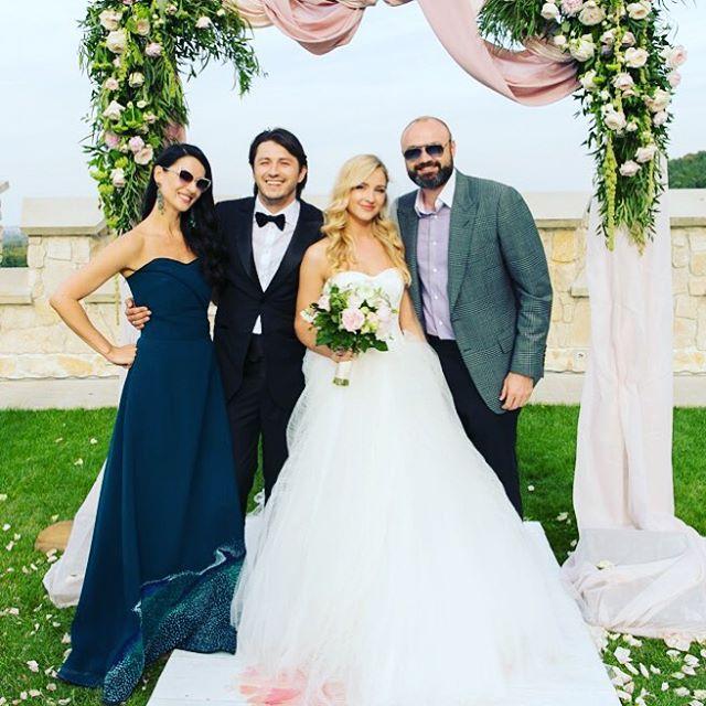 Маша Ефросинина на свадьбе Сергея Притулы