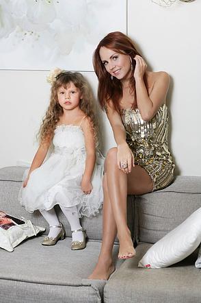 МакЅим и ее дочь
