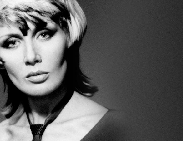 Назад в 90-е: украинские звезды поделились раритетными фотографиями