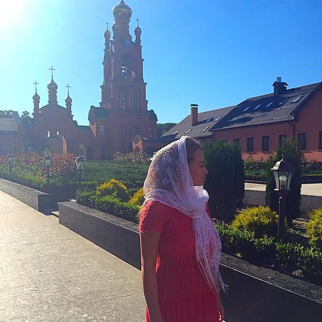 Яна Соломко крестила трехмесячного ребенка в Киеве