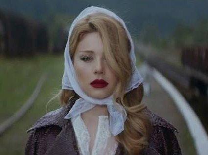 Премьера: Тина Кароль выпустила новый клип в стиле ретро