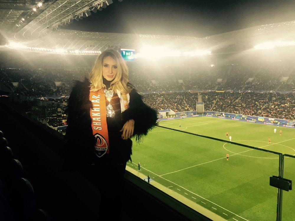 Loboda и футболист Дарио Срна провели вечер вместе