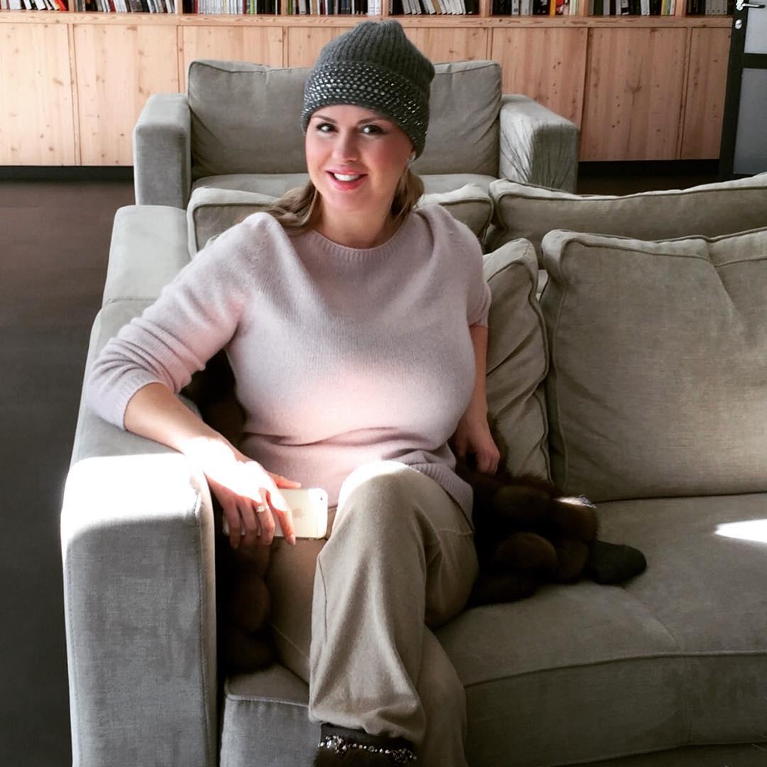 Анна Семенович о возлюбленном-миллионере: «Мы познакомились в самолете»