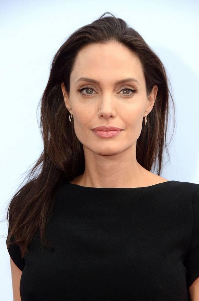 """Анджелина Джоли об актерской карьере своих детей: """"Надеюсь, этого не случится"""""""