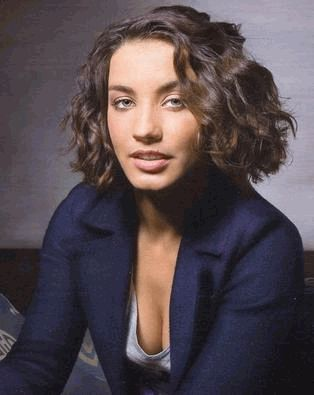 Виктория Дайнеко симпатична