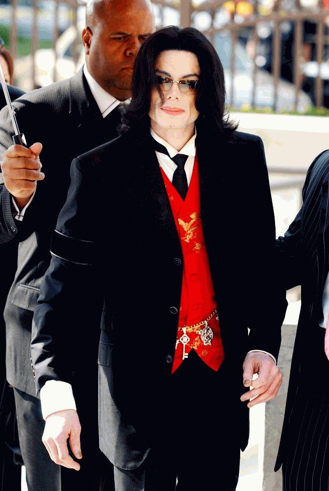 Майкл Джексон презентабельный