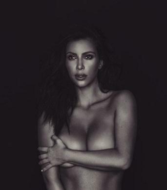 Откровенно: Ким Кардашьян написала эссе о своей сексуальности