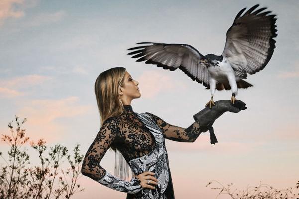 Зов природы: Дженнифер Энистон снялась в роскошной фотосессии для Harper's Bazaar