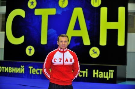 Тимофей Нагорный проверил спортивную подготовку артисток украинского шоу-бизнеса