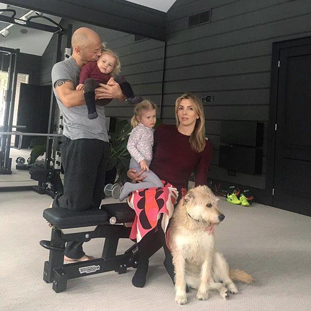 Федор и Светлана Бондарчук с внуками