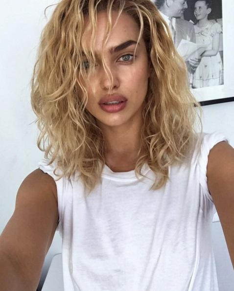 Фотофакт: Ирина Шейк стала блондинкой